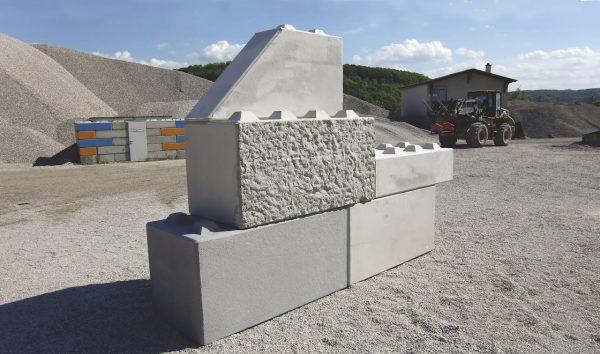 Größe, Farben und Oberflächen unserer Betonblöcke - Lasselsberger Betonblöcke